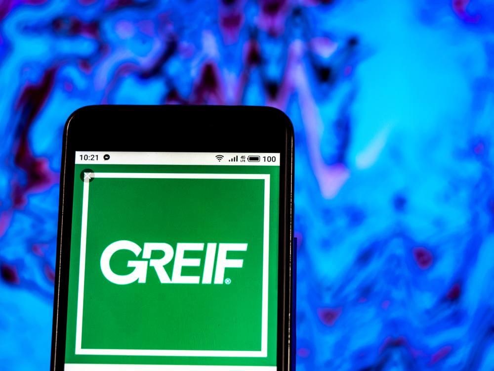 Analysis of Greif's network of websites-2