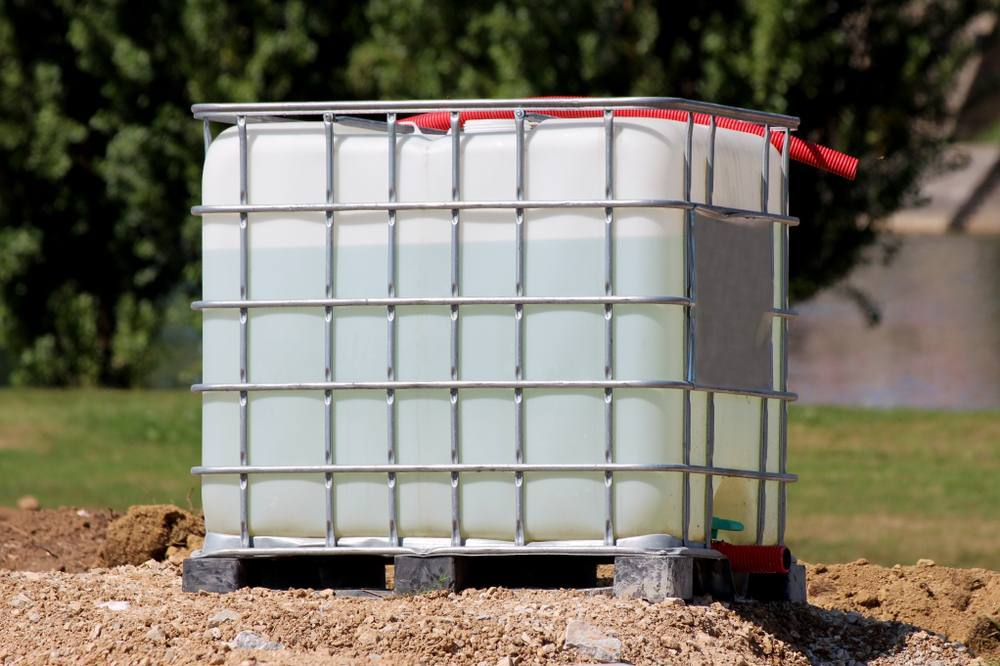 All about IBC tanks - Intermediate Bulk Containers-1