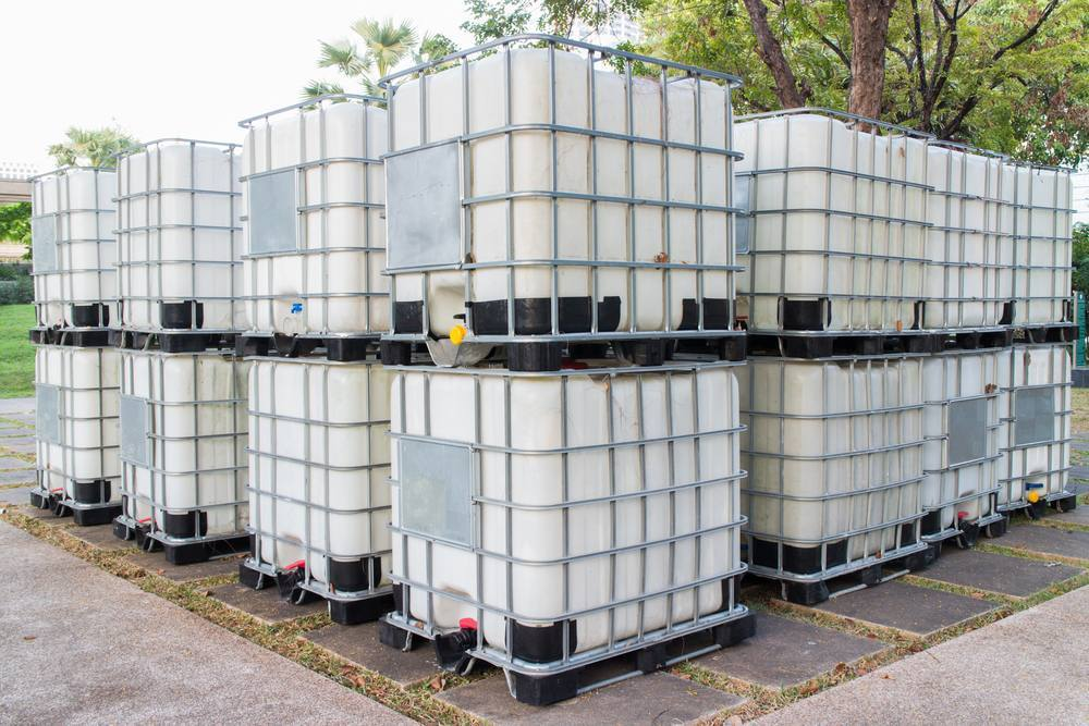 Shutz's IBC tanks-1