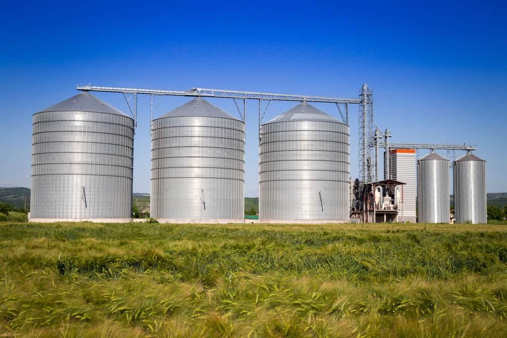 L'installation des capteurs sur les silos connectés-2