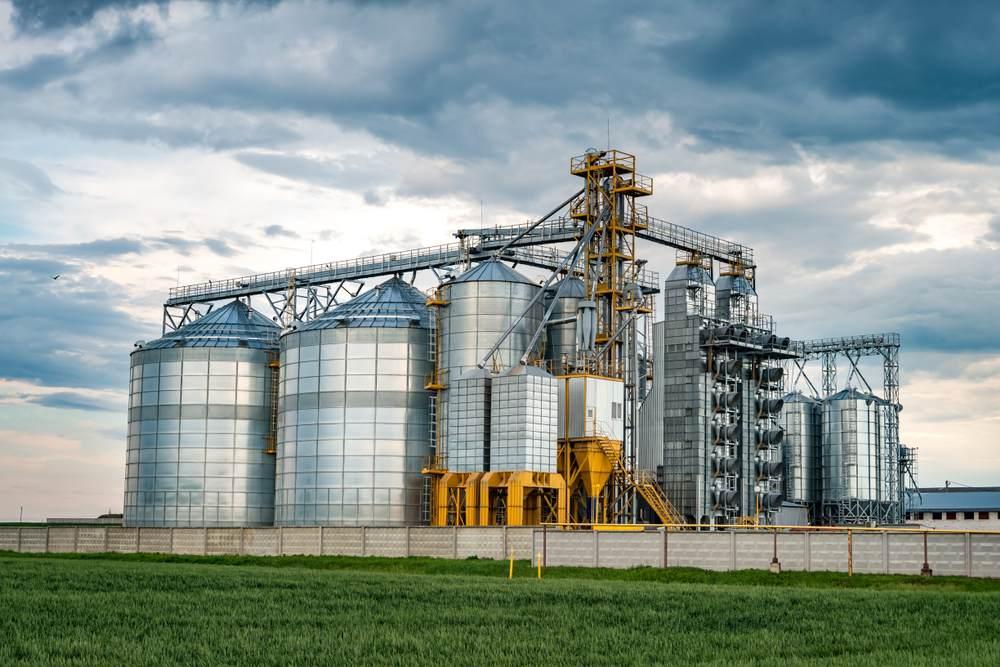 Respecter ses délais de livraison grâce aux silos connectés-2